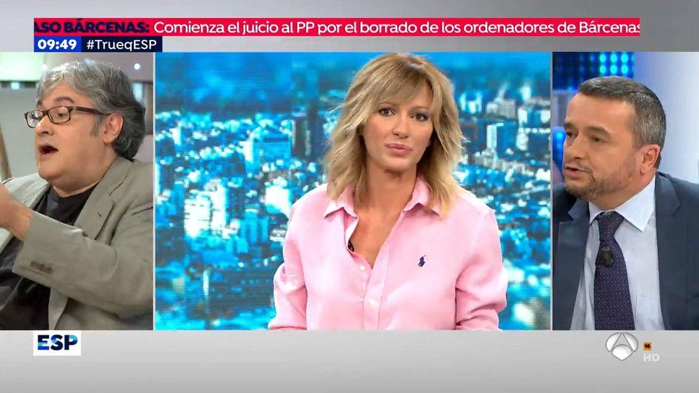 Foto: Susanna Griso en 'Espejo público' con dos tertulianos. (Atresmedia Televisión)