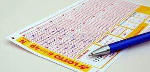 Post de Se equivoca al rellenar la lotería y gana dos veces el primer premio sin querer