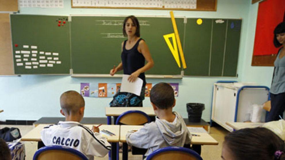 Un colegio privado de Granada cobra 190 euros por leer el currículum de los aspirantes