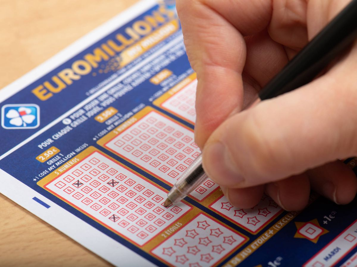 Foto: El sorteo de Euromillones tiene premio 10 años después (iStock)