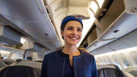 Seis cosas que las azafatas quieren que sepas cuando te subes a un avión