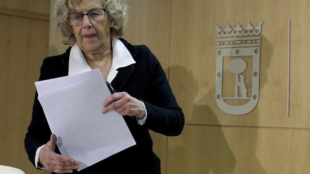 Foto: La alcaldesa de la ciudad de Madrid, Manuela Carmena, antes de iniciar una rueda de prensa en el Ayuntamiento. (EFE)