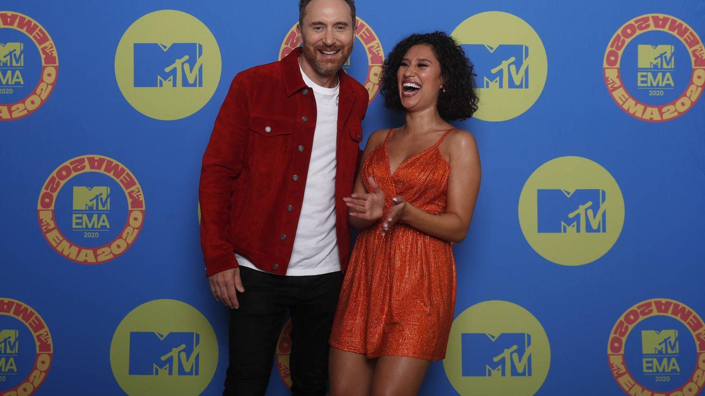 David Guetta y Raye, en MTV EMAs 2020. (MTV)
