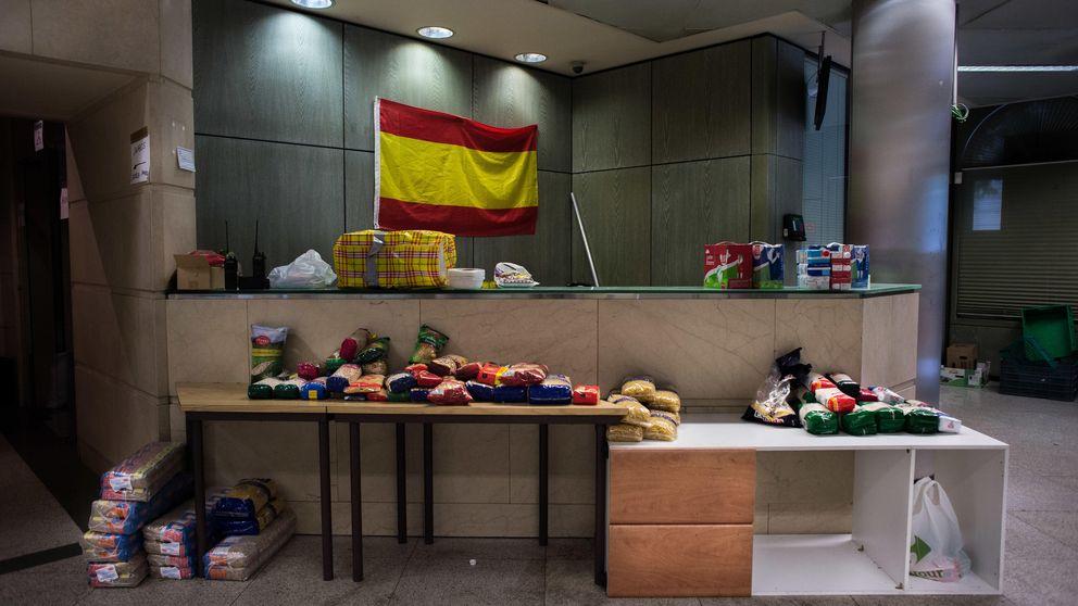 Patriotas del Hogar Social Madrid, en Chamberí: 'La inmigración no es buena'