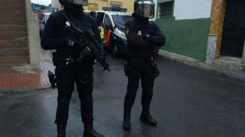 Foto: Agentes de la Policía Nacional desplegados