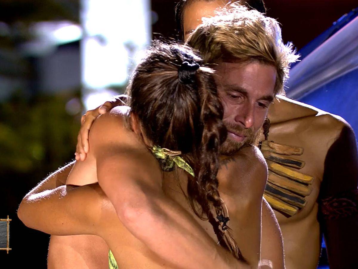 Foto: Tom y Melyssa, en 'Supervivientes'. (Telecinco)