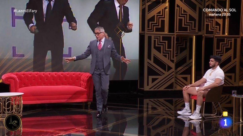 Boris Izaguirre y Omar Montes, en 'Lazos de sangre'. (RTVE)
