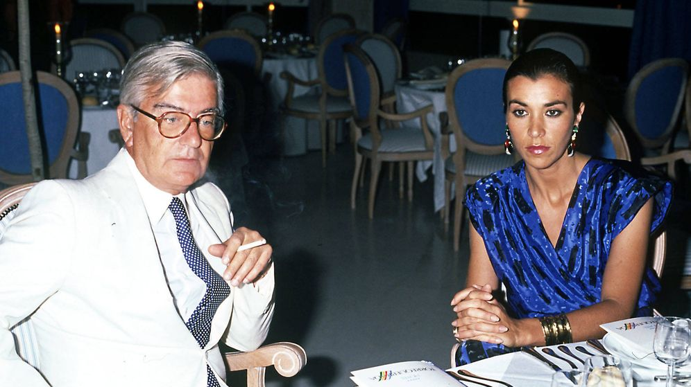 Foto: Mariano Rubio, junto a Carmen Posadas, en una imagen de archivo. (Gtres)