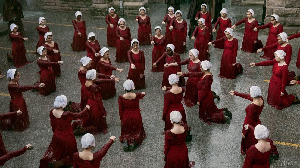 Foto: Imagen de la segunda temporada de 'El cuento de la criada'. (HBO España)