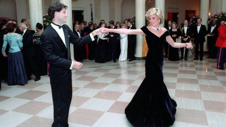 La Princesa Diana y John Travolta bailando juntos en la Casa Blanca. (Cordon Press)