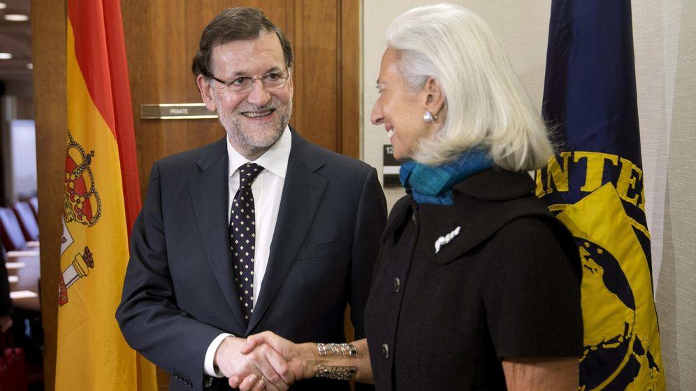 Foto: Saludo entre Christine Lagarde y Mariano Rajoy. (EFE)