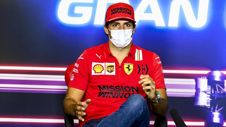 Carlos Sainz: el piloto de Ferrari, el jugador de golf y el boxeador que defiende a Vettel