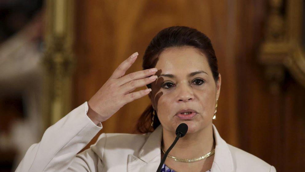 La vicepresidenta de Guatemala dimite en medio de escándalo de corrupción