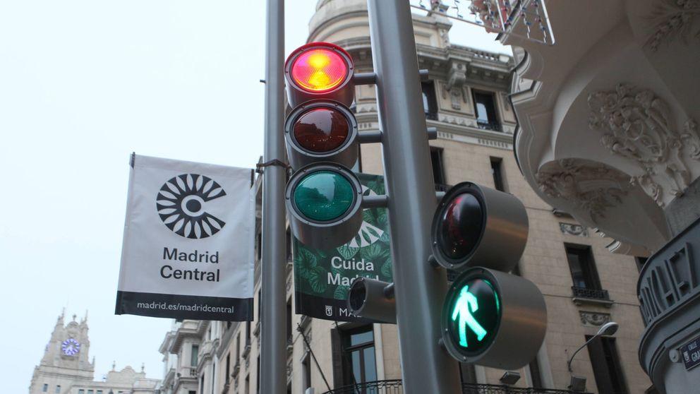 DHL Express se ve forzada a subcontratar repartidores 'eco' para Madrid Central