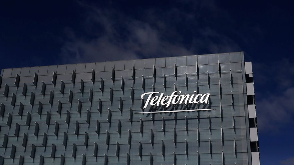 Foto: Exterior de la sede de Telefónica en Madrid. (Reuters)