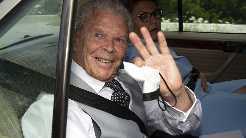 Antonio Ruiz Rodríguez a su llegada a la boda de su nieta. (Gtres)