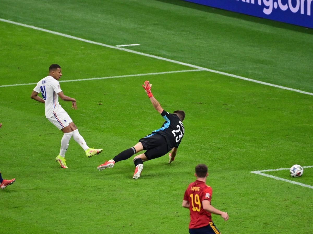 Foto: El gol de la victoria de Mbappé. (EFE)