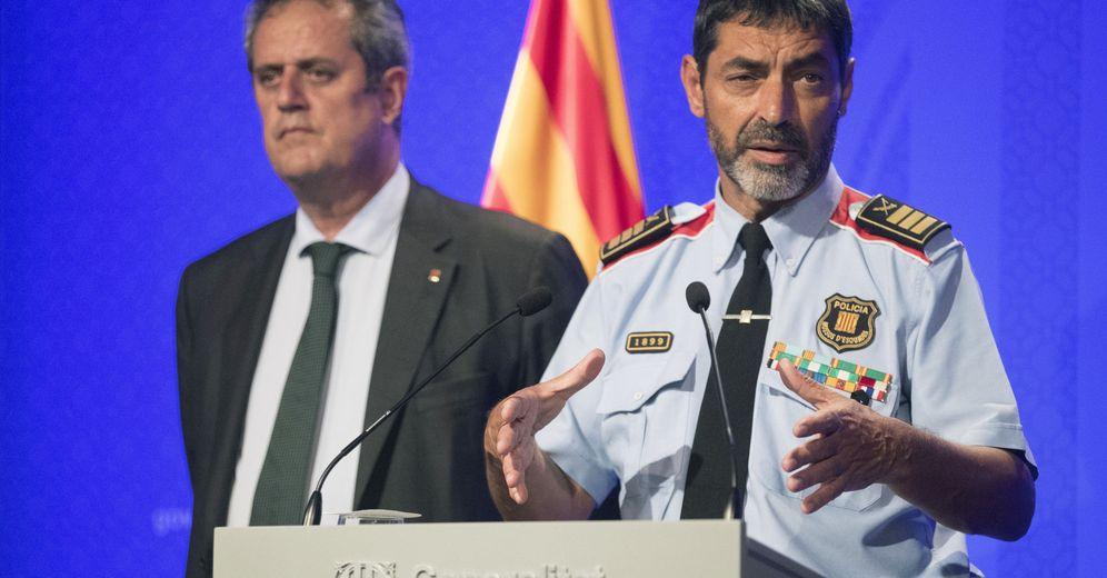 Foto: Fotografía de archivo del 'exconseller' de Interior Joaquim Forn (i) y el mayor de los Mossos d'Esquadra, Josep Lluís Trapero. (EFE)