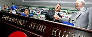 Aragonés recibe 4 millones de euros del Fenerbahçe como finiquito