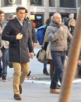 Foto: Jesús y su marido este lunes en Madrid. (I.C.)
