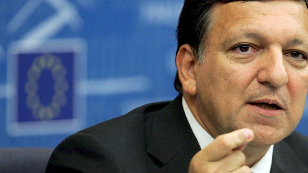 La CE recomienda que Rumanía y Bulgaria entren en la UE el 2007 bajo vigilancia