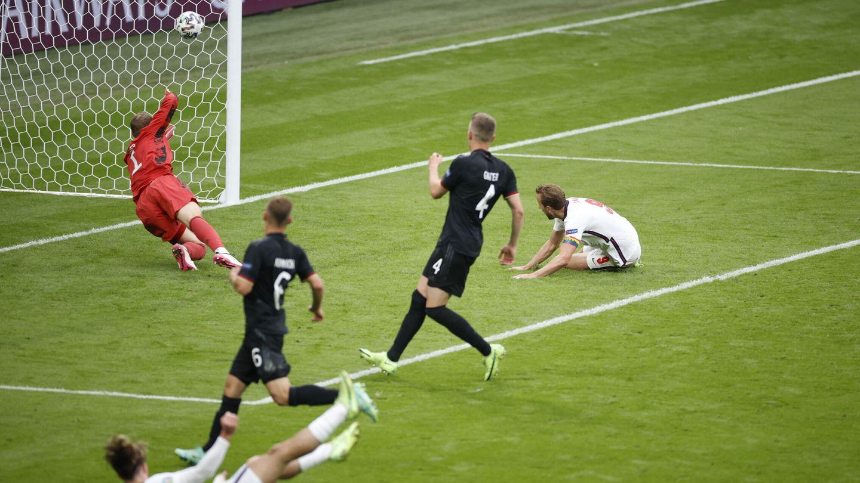 Imagen del segundo gol de Inglaterra. (Reuters)