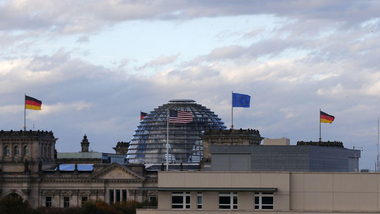 La embajada de EEUU en Berlín, junto a la Cancillería (Reuters).
