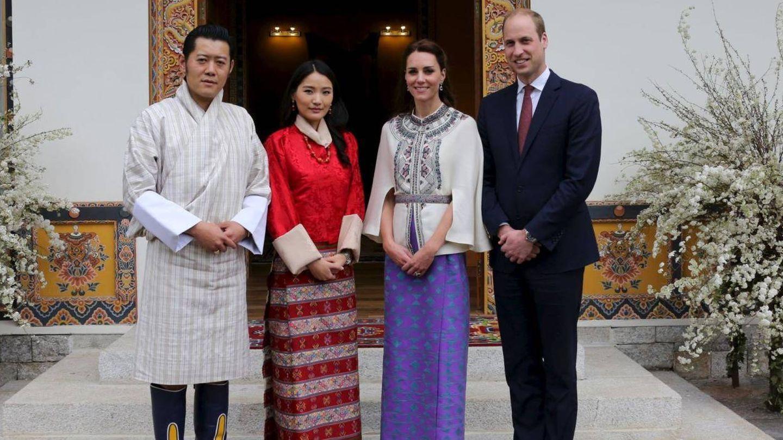 Los reyes de Bután y los duques de Cambridge.