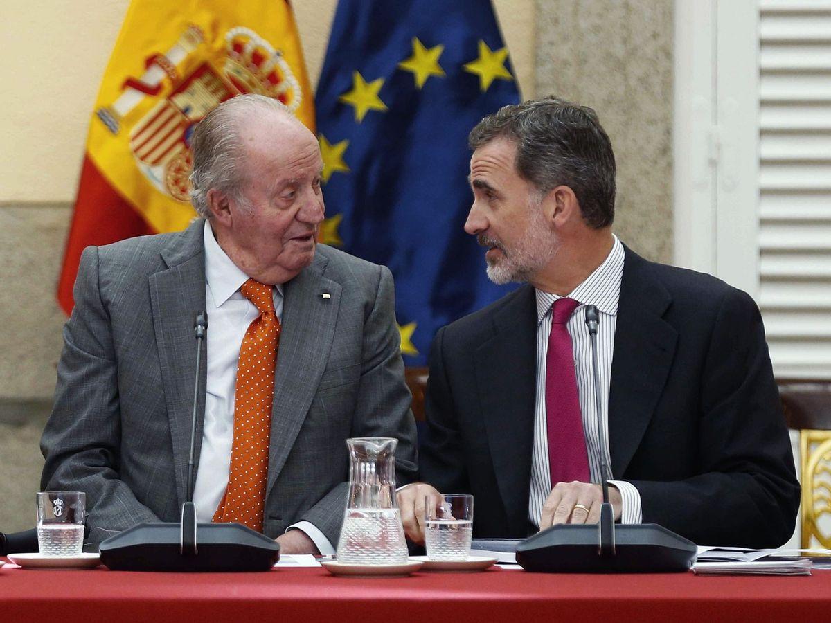 Foto: El rey emérito Juan Carlos junto a Felipe VI. (Efe)