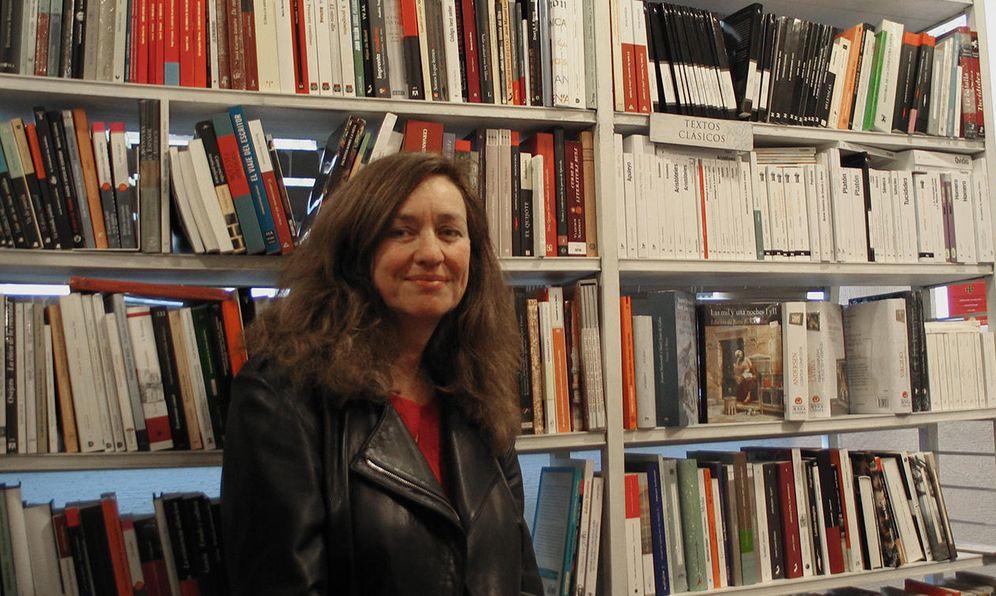 Foto: Lola Larumbe, dueña de la librería Alberti, en el barrio madrileño de Moncloa. (EC)