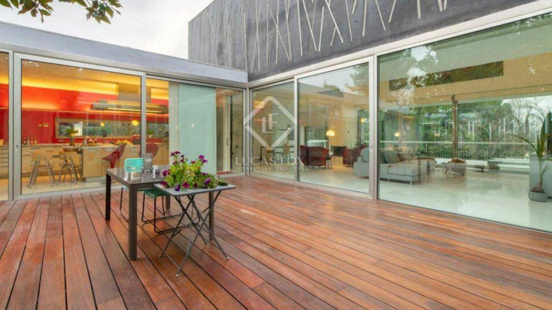 Zona del patio. (Foto: Lucas Fox)