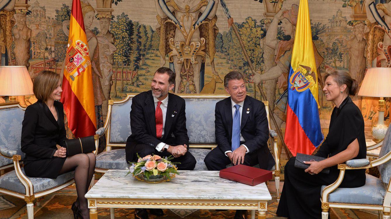 Foto: Los Reyes junto al presidente de Colombia y su esposa (Presidencia)