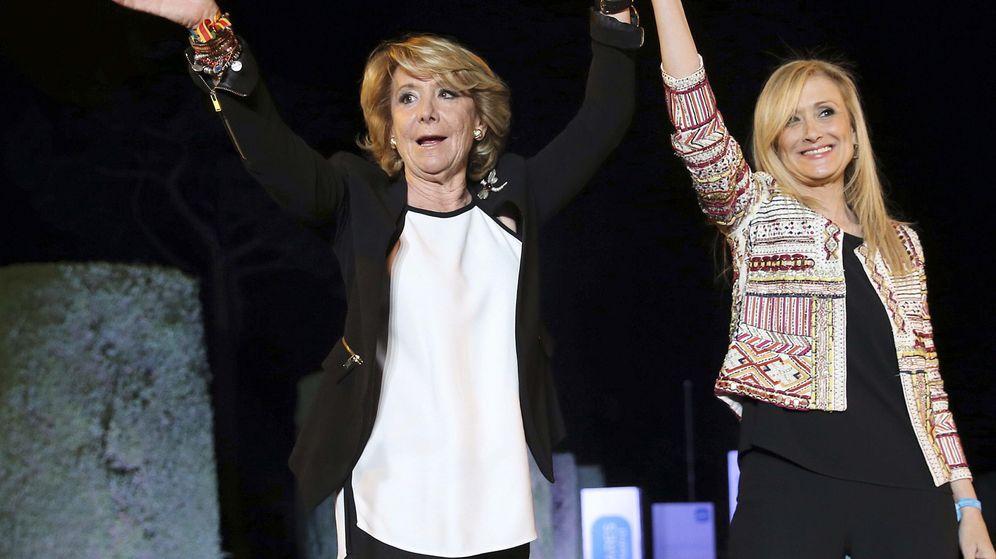 Foto: Las candidatas del PP a la Comunidad y el Ayuntamiento de Madrid, Cristina Cifuentes y Esperanza Aguirre. (Efe)