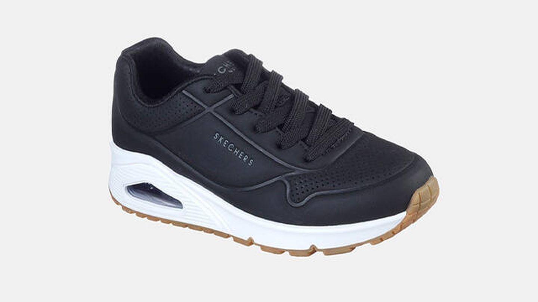 Zapatillas deportivas Skechers en negro con plantilla memory foam