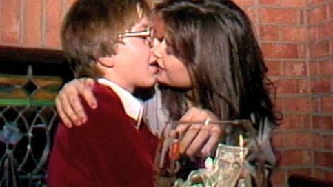 Demi Moore, acusada de acoso sexual por este vídeo en el que besa a un niño