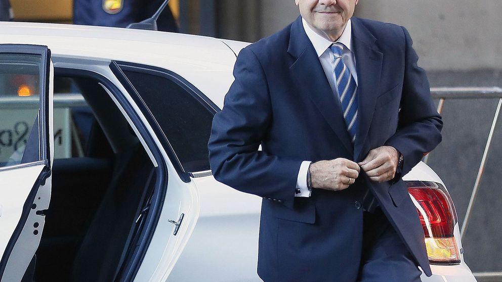 Caso ERE: una década de Gobierno andaluz hace el paseíllo y se sienta en el banquillo