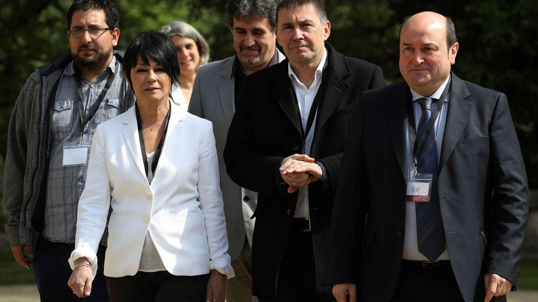 Madrid, el nuevo campo de batalla del PNV y EH Bildu para ganar terreno en el País Vasco