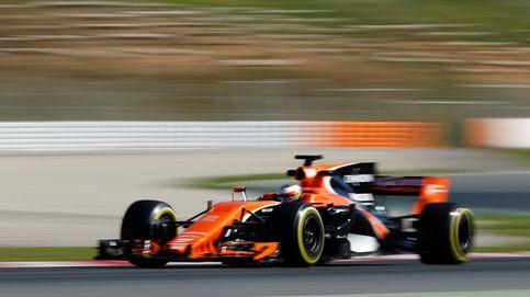El McLaren, como ese caballo de carreras que arranca con las patas atadas