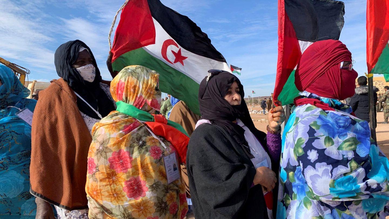Varias mujeres acuden al XV Congreso del Frente Polisario en 2019. (EFE)