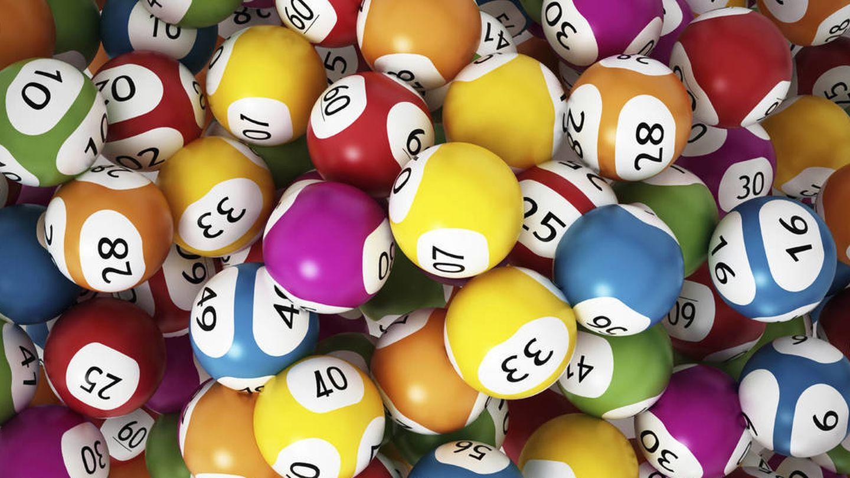 El hombre aseguraba haber ganado 100.000 libras a la lotería británica