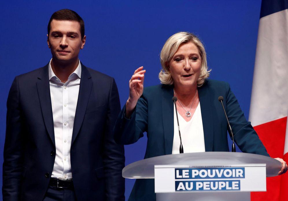 Foto: Jordan Bardella y Marine Le Pen. (Reuters)