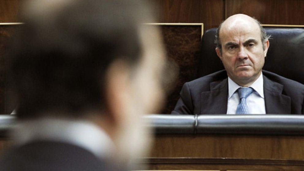El Gobierno prepara un 'bypass' en el mercado de obligaciones para activar el riego financiero
