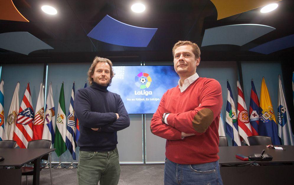 Foto:  Iñaki Arbea, responsable de Investigación de los amaños (izq.), y Alfredo Lorenzo, director de Integridad y Seguridad de La Liga. Fotografías: Enrique Villarino.