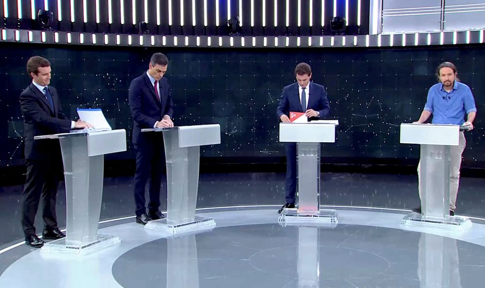 Foto: Pablo Casado, Pedro Sánchez, Albert Rivera y Pablo Iglesias, el pasado 22 de abril en RTVE. (Reuters)