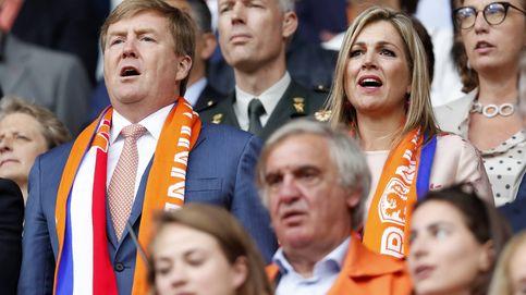 Las fotos que demuestran que Máxima y Guillermo de Holanda son unos hinchas del fútbol