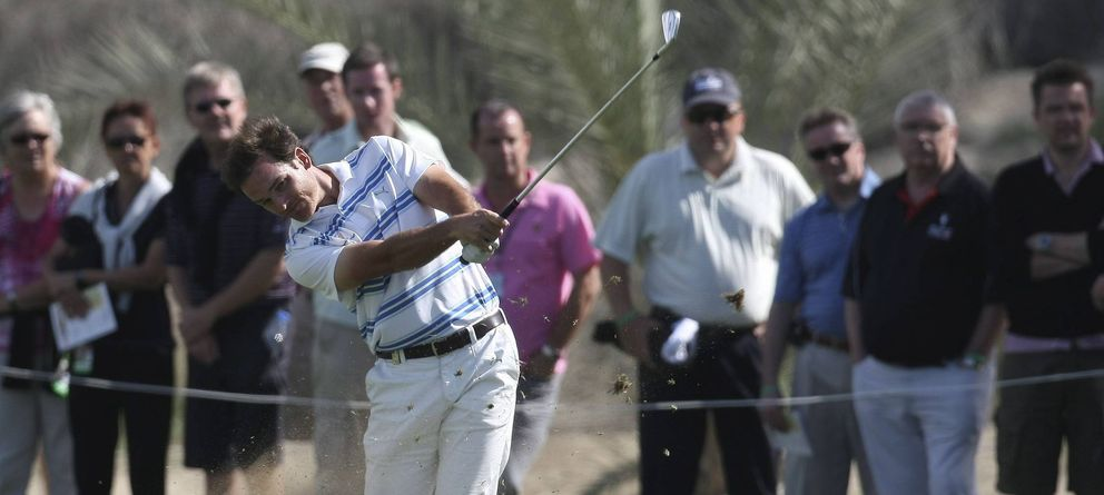 Foto: Álvaro Velasco, durante el torneo de golf de Dubai (EFE)