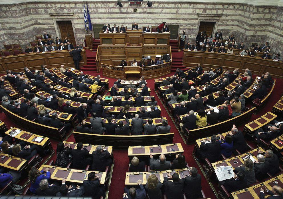 Foto: El Parlamento griego durante la votación (Efe)