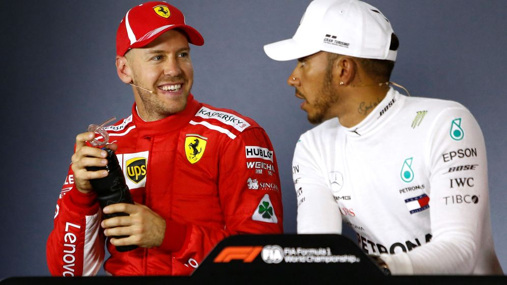 Foto: Vettel y Hamilton durante esta temporada. (Reuters)