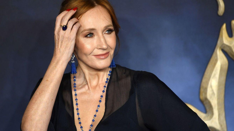 J.K. Rowling y su polémica transfobia en Twitter: Acabas de cavar tu tumba
