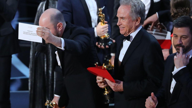 Chapuza histórica en los Oscar: 'Moonlight' gana tras una rectificación en directo